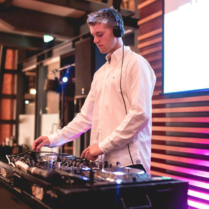 JP Light & Sound - Wedding DJ -8